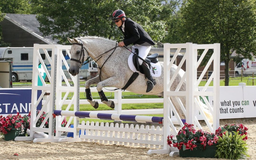 Blind Rider Wins National Jumping Title in UK