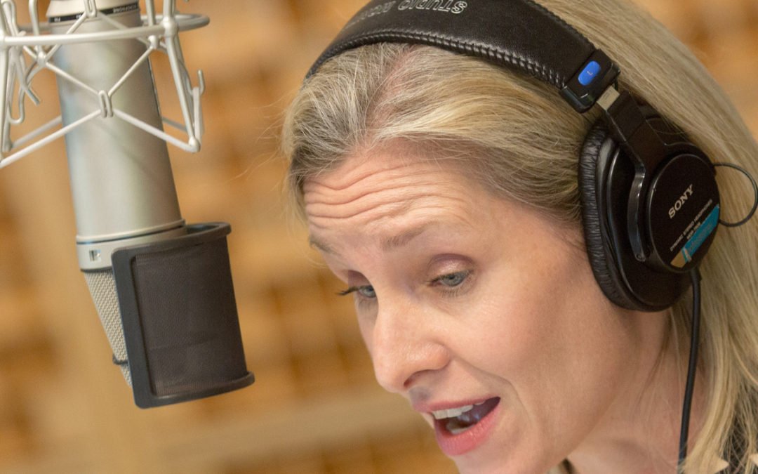 How a Veteran Radio Host Adapted to Hearing Loss